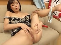 Hirose Nanami quenches her sexual thirst