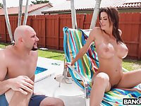 Wild fucking between a pool cleaner and busty MILF Alexis Fawx