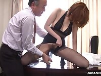 Kinky boss is toying hairy pussy of Japanese milf secretary in pantyhose Yuna Hirose
