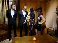 Double penetration foursome with stunning Arwen Gold & Ariel Rebel